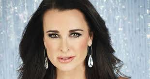 kyle richards needs to cut her hair kyle richards plastic surgery did she really needed to change so