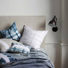 easy bedroom decorating ideas easy bedroom decoration tips and ideas vogue