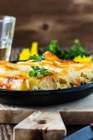 cuisine italienne cannelloni cannelloni d épinards et de fromage cuisine italienne photo stock