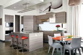 cuisine bois gris cuisine bois gris moderne armoires aspect chaises c3a9lc3a9gantes