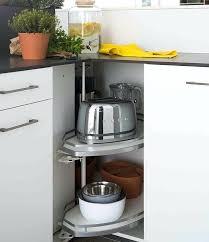 meuble d angle pour cuisine amenagement placard d angle cuisine les meubles dangle mobalpa