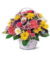 flower basket basket flower arrangemtents small mixed flower basket tf15 1