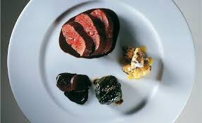 cuisiner le lievre râble de lièvre cuisiné en cocotte gnocchi de potiron à la truffe