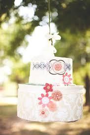 wedding cake pinata 45 best wedding pinatas images on wedding pinata
