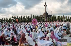 Celebration In Uk Eid 2013 Millions Of Worshippers Gather To Celebrate The Finish
