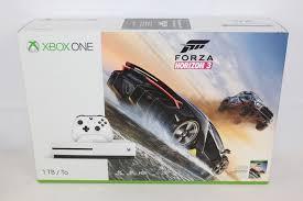 microsoft xbox one kinect bundle 500gb black console 7uv 00239 microsoft xbox one s forza horizon 3 bundle 1tb white console ebay