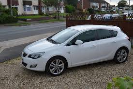 2011 vauxhall astra 2 0 cdti 16v sri 5 door manual diesel white