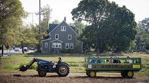 crossroads farm in malverne to host food truck rodeo newsday