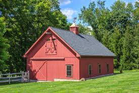 garages that look like barns house plans