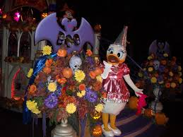 photo report october 22nd 2010 electronica mickey u0027s halloween