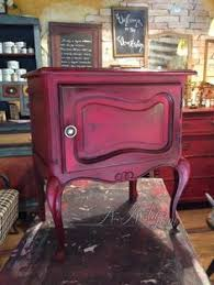 mixing a burgundy color with chalk paint decorative paint by