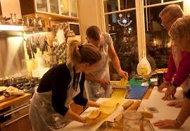 cours de cuisine en famille cours de cuisine en famille on fait des pâtes guestcooking cours