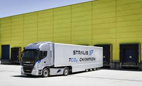 iveco launches the new stralis xp the long haulage tco u2082 champion