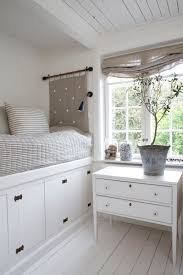 Small Rooms With Bunk Beds Great Way To Make Small Room Into Extra Bedroom Platform Beds
