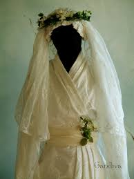 jugendstil brautkleid jugendstil kimono brautkleid aus bestickter seide