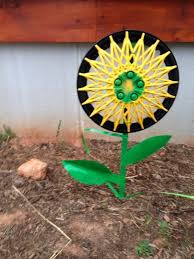 Diy Garden Art Awesome Diy Garden Art Ideas Recycle Repurpose Reuse Projects