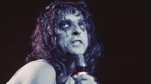 halloween horror nights alice cooper goes to hell horror vaudeville and rock u0026 roll 40 years of alice cooper u0027s