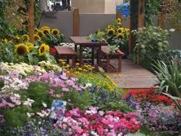 courtyard garden ideas courtyards study learn garden design at home