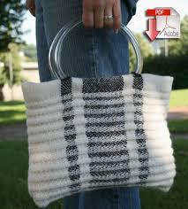 Rug Wool Yarn Metro Bag Victorian 2 Ply And Classic Rug Wool Pattern