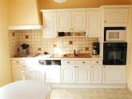meuble de cuisine rustique repeindre cuisine bois en blanc peindre