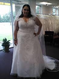 wedding veils for sale wedding cancelled wedding dress and 2 catherdral wedding veils for