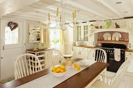 Maple Wood Kitchen Cabinets Country Cottage Kitchen Decor Three Yellow Fiberglass Bar Stools