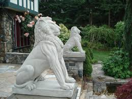 Statues For Home Decor by Lions Statue Entrance Home Art Sculpture Decor Construct