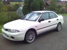 modified mitsubishi lancer 2000 view of mitsubishi carisma 1 6 photos video features and tuning