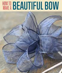tying gift bows how to make a bow out of curling ribbon diy projects