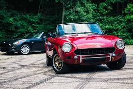 review 2017 vs vintage fiat 124 spider u2022 gear patrol