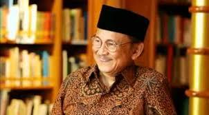biografi bj habibie english patriot of indonesia b j habibie president r i 3 1998 1999