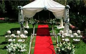 charming small backyard wedding ceremony ideas photo decoration