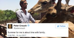 Peter Crouch Meme - a footballer made a joke 111 000 people laughed and i m still confused