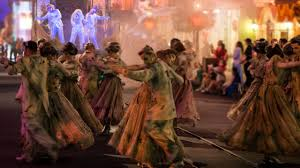 small halloween party all new frightfully fun parade to debut during mickey u0027s halloween