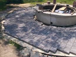 Diy Paver Patio Installation Brick Pavers How To Build A Brick Patio And
