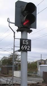 A Flashing Yellow Signal Light Means Uk Railway Signalling Wikipedia
