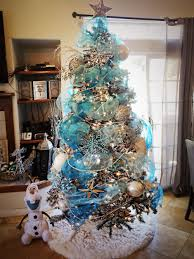 themed christmas decor frozen themed christmas tree i created shanny s pins