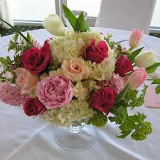 wedding floral arrangements center floral arrangements bayberry flowers rehoboth de