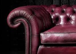 canapé chesterfield violet canapé chesterfield en velours en cuir 2 places samuel