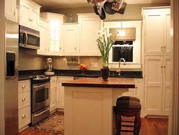 kleine küche mit kochinsel l geformte küchenentwürfe für kleine küchen