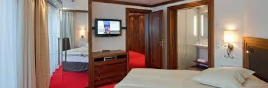 Schlafzimmer Chalet Chic Traditioneller Stil Oder Alpine Chic Parkhotel Beau Site