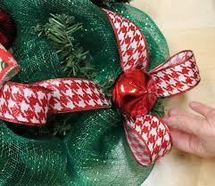 diy christmas mesh deco wreath
