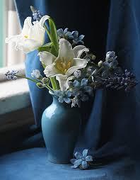white and blue floral arrangements flower power 25 dazzling floral arrangements