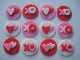 Valentine S Day Cupcake Decorating Ideas by 70 Best Valentine Images On Pinterest Desserts Candies And