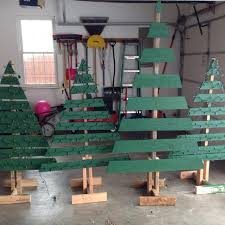 pallet christmas tree find more pallet christmas tree w lights for sale at up to 90