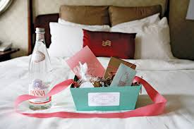 wedding gift bags for hotel the wedding welcome wagon bridalguide