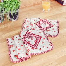 set of 6 vintage country style fabric napkins