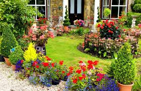 beautiful gardens all year round get your eco news from a man