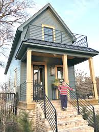 Hgtv Tiny House Favorite Fixer Upper Holly Mathis Interiors Home Health