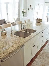 entranching kitchen best 25 venetian gold granite ideas on